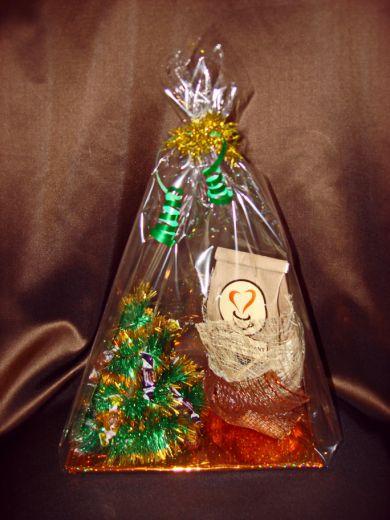 Елочка - Новогодний подарочный набор с кофе и конфетами